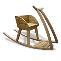 Hobbelbob, een houten schommelstoel