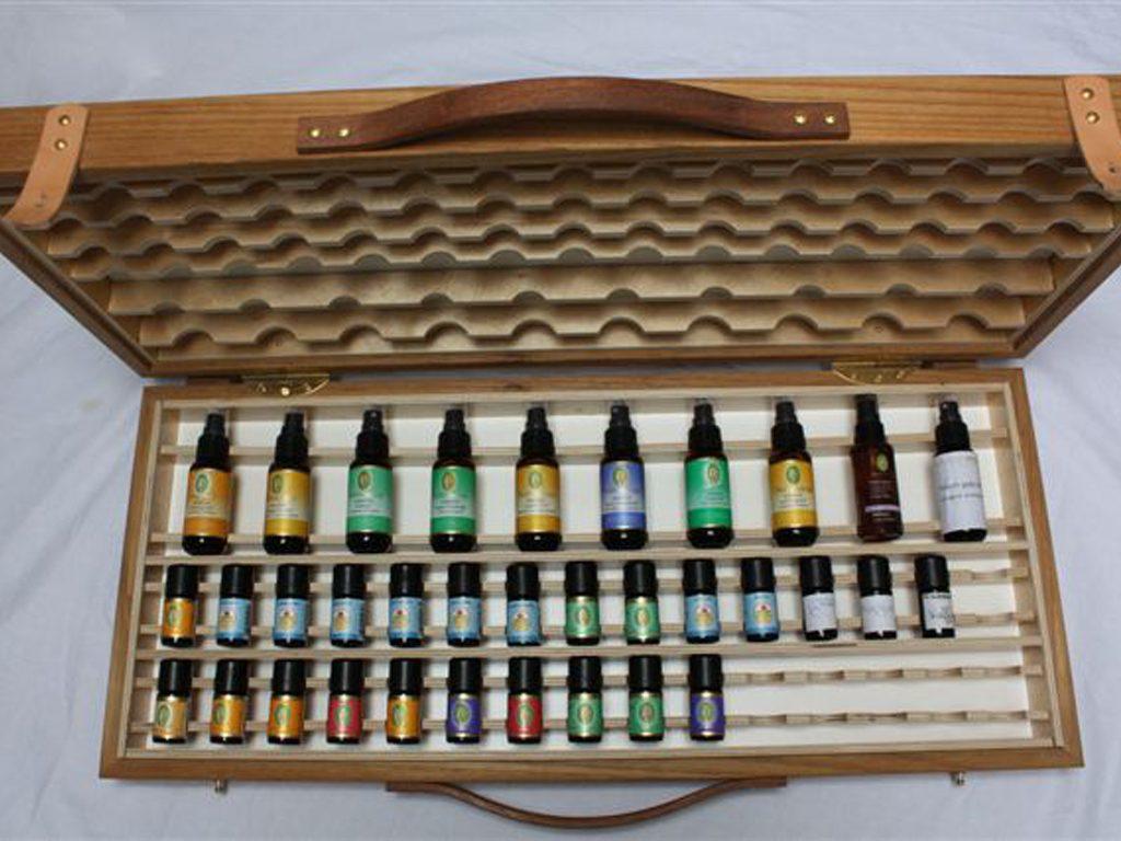 luxe koffer voor het presenteren van natuurlijke etherische oliën